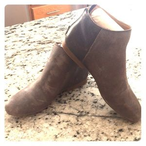 Lucky Brand Gaines Booties